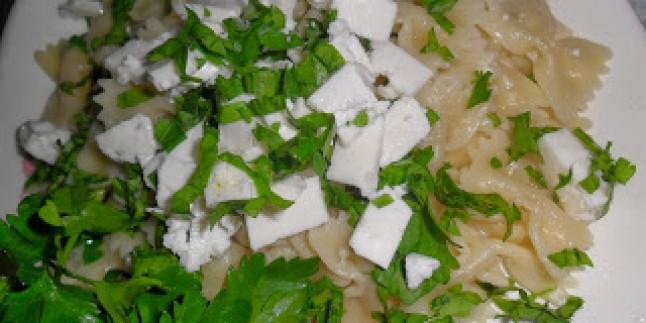 Peynirli Maydanozlu Makarna