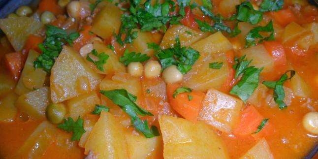 Bezelyeli Havuçlu Patates Yemeği
