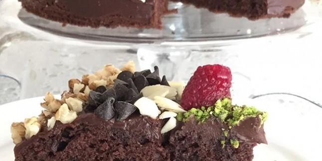 Cevizli Çikolatalı Pasta