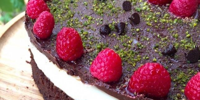 Şerbetli Çikolata Tatlısı